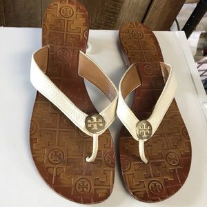 Tory Burch Sandals Size 8 Leather White flip flops